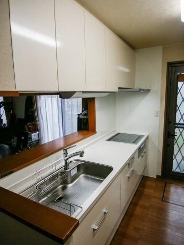 築17年戸建のキッチンリフォームでした。  キッチンの老朽化のため入替をご検討されており、お客様よりご相談頂きました。 そこで今回、LIXILのキッチン【リシェル】を提案させて頂きました。