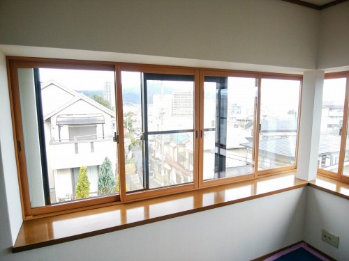 築25年戸建の窓リフォームのご紹介です。