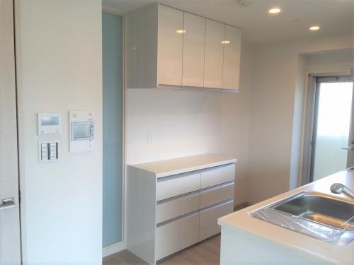 新築マンションのキッチンリフォームのご紹介です。