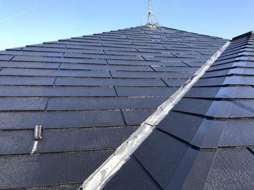 築10年戸建ての屋根塗装工事のご紹介です。