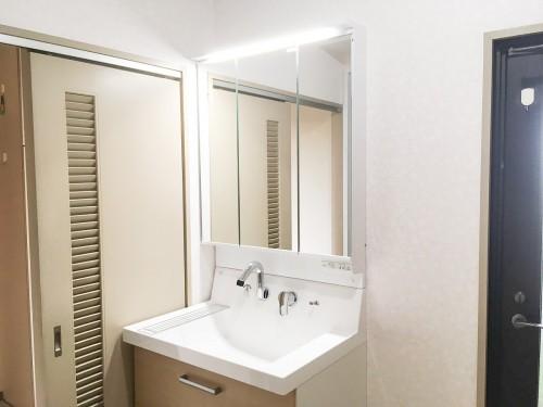 築31年戸建の洗面所リフォームのご紹介です。