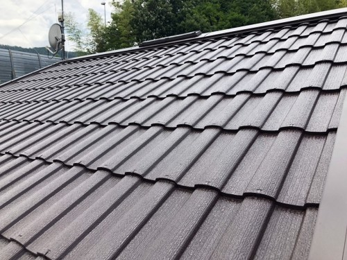 築20年戸建ての屋根塗装工事のご紹介です。