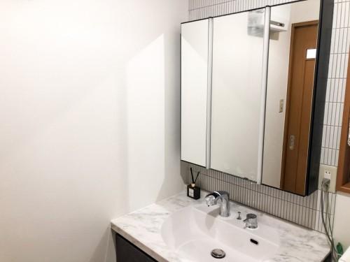 戸建の洗面所リフォームのご紹介です。