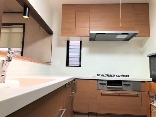築25年戸建てのキッチンリフォームのご紹介です。