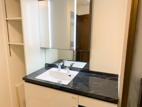 築30年戸建ての洗面所リフォームのご紹介です。