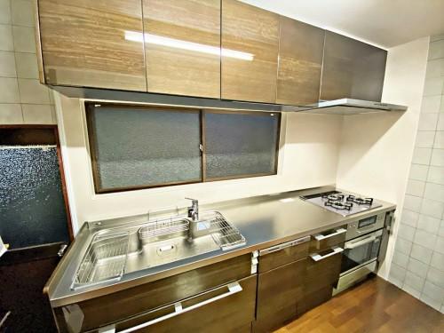 築40年戸建てのキッチンリフォームのご紹介です。