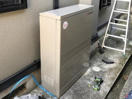 築20年戸建ての蓄電池設置工事のご紹介です。