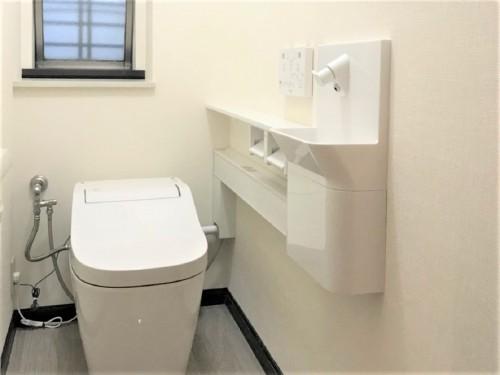 築27年戸建てのトイレリフォームのご紹介です。