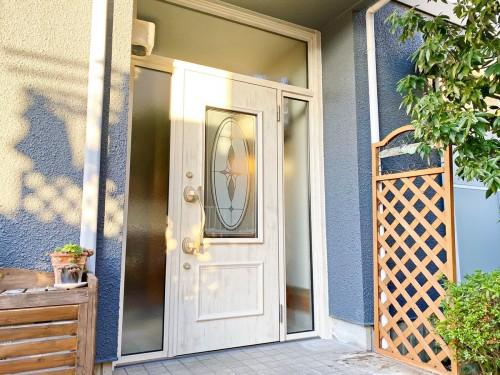 S様邸:玄関ドアリフォーム