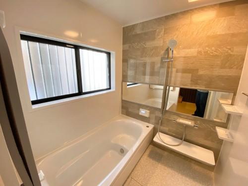 築16年戸建ての浴室リフォームのご紹介です。