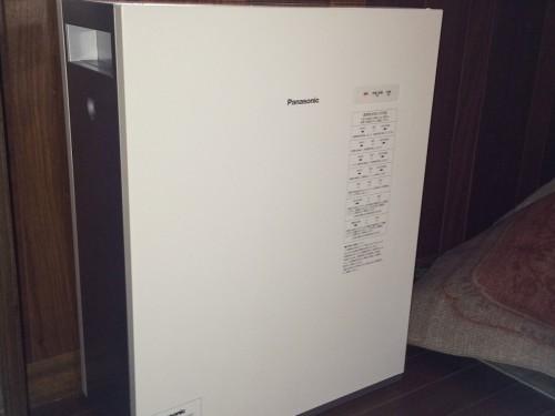 戸建ての蓄電池設置工事のご紹介です。