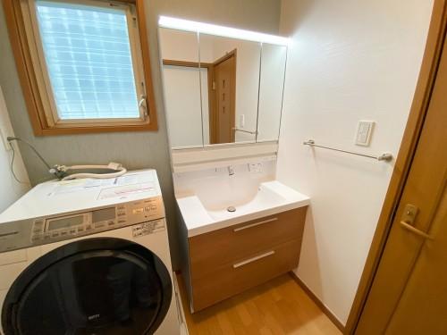 築19年戸建ての洗面所リフォームのご紹介です。