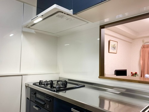 築27年マンションのキッチンリフォームのご紹介です。