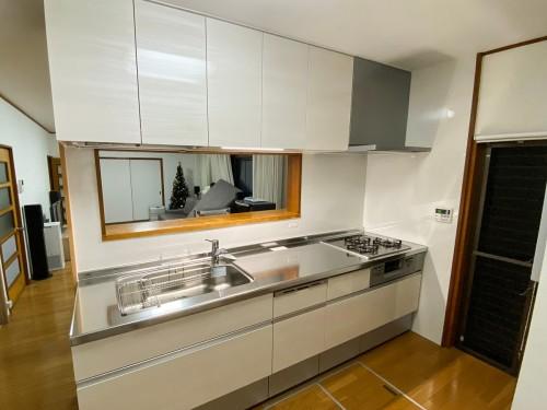 築35年戸建てのキッチンリフォームのご紹介です。