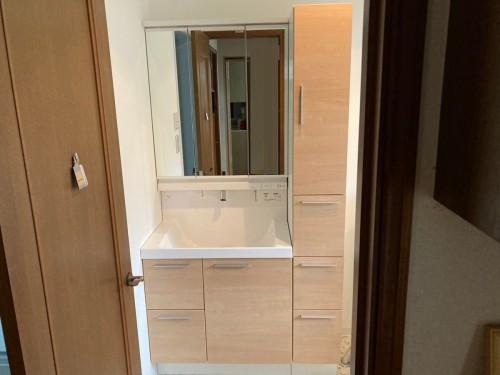 戸建ての洗面所リフォームの紹介です。